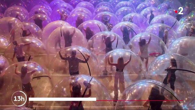 États-Unis : à Oklahoma City, les spectateurs d'un concert sont placés dans des bulles