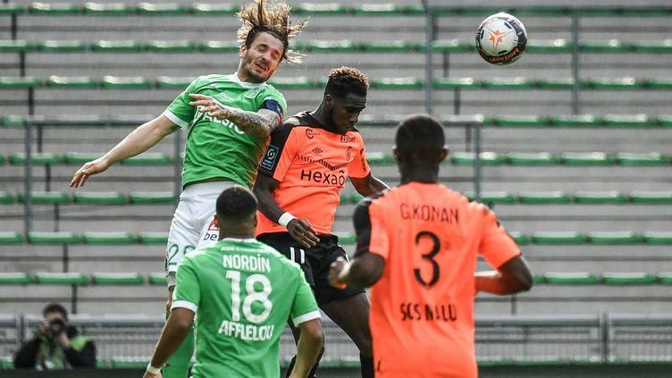 Saint-Etienne a égalisé en fin de match face à Reims  (JEFF PACHOUD / AFP)