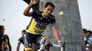 Le cycliste espagnol Alberto Contador, jeudi 27 juin 2013 à Porto-Vecchio (Corse-du-Sud). (JEFF PACHOUD / AFP)