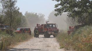 Les camions des pompiers, àSaint-Jean-d'Illac, le 25 juillet 2015. (CITIZENSIDE/MICHAEL ALMEIDA / CITIZENSIDE.COM)