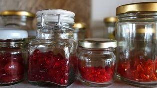 Chez Cécile&Jeanne : une sélection de perles dans des tonalités rouges  (Corinne Jeammet)