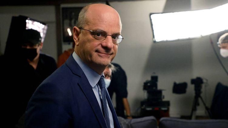 Le ministre de l'Education, Jean-Michel Blanquer, à Saint-Denis (Seine-Saint-Denis) le 4 mai 2021. (LUDOVIC MARIN / AFP)