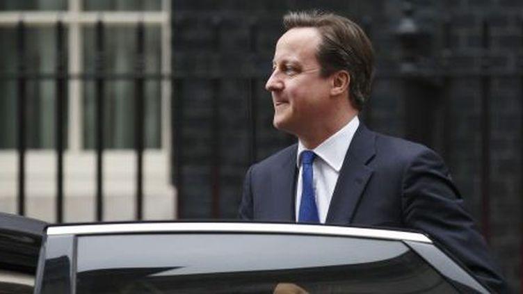 Le Premier ministre britannique Davis Cameron à sa sortie de sa résidence du 10 Downing Street. (AFP)