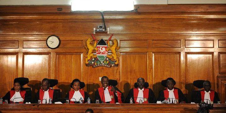 La Cour suprême kényane en session le 27 août 2017 (AFP - Tony Karumba)
