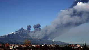 L'Etna en éruption, le 24 décembre 2018. (GIOVANNI ISOLINO / AFP)