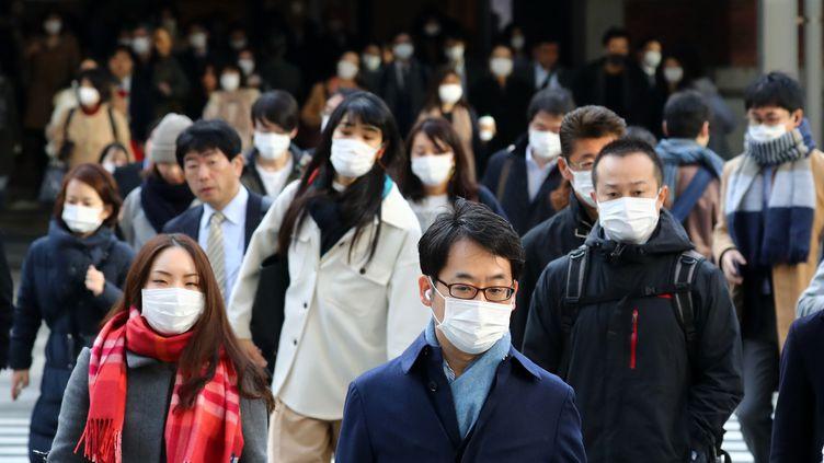 Revivez l'actualité de la semaine en photos, marquée notamment par l'épidémie de Covid-19. (KUNIHIKO MIURA / YOMIURI / AFP)