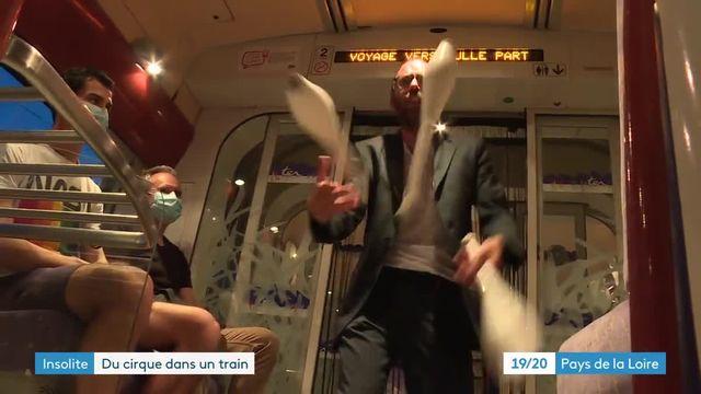 Du cirque dans un train au Mans