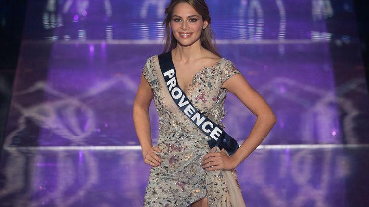 Miss Provence, April Benayoum, lors de la cérémonie du concours Miss France 2021, au Puy du Fou (Vendée), le 19 décembre 2020. (LOIC VENANCE / AFP)