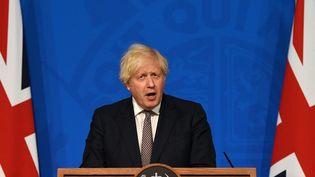 Le Premier ministre Boris Johnson, le 5 juillet 2021 à Londres (Royaume-Uni). (DANIEL LEAL-OLIVAS / AFP)