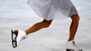 Une patineuse lors d'une compétition à Grenoble en 2017 (illustration). (JEAN-PIERRE CLATOT / AFP)