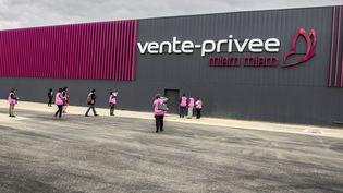 Vente-privee.com fait partie des sites épinglés par la DGCCRF. (Photo d'illustration) (JEAN-PHILIPPE KSIAZEK / AFP)
