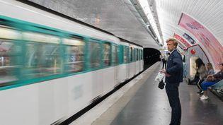 Las du coût de la vie, du temps de transport ou du manque de proximité avec la nature, de nombreux cadres envisagent de quitter Paris et ses environs. (ESTELLE RUIZ / NURPHOTO / AFP)