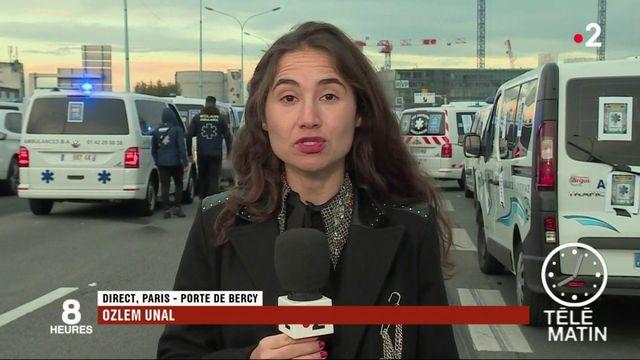 Les ambulanciers se rassemblent à nouveau à Paris