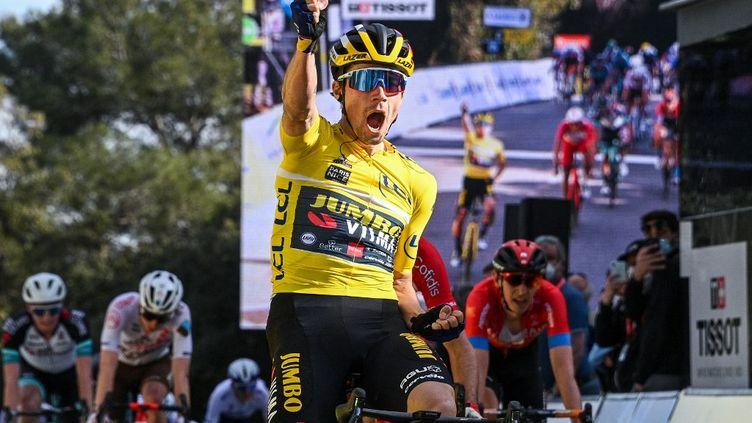 Primoz Roglic s'impose sur la 6e étape du Paris-Nice, le vendredi 12 mars 2021. (ANNE-CHRISTINE POUJOULAT / POOL)