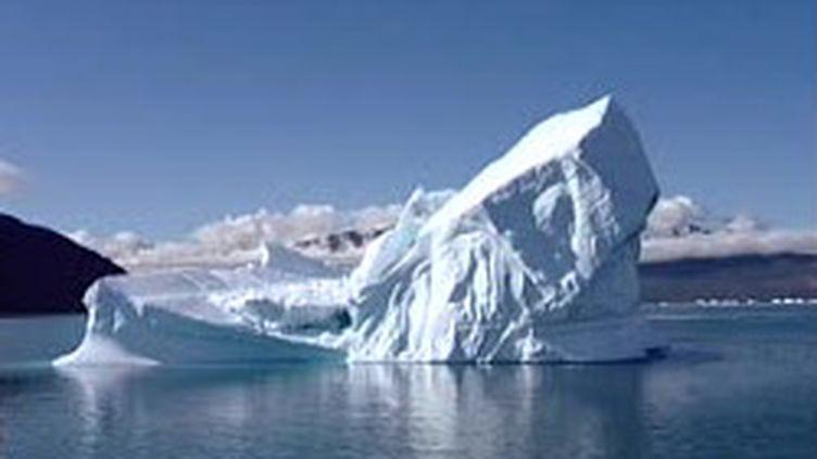 Les glaciers et la banquise sont les premières victimes du réchauffement climatique (France 2)