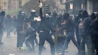 Milan (Italie), 1er mai 2015,incidents à Milan entre policiers et manifestants NO Expo (ANDREAS SOLARO / AFP)