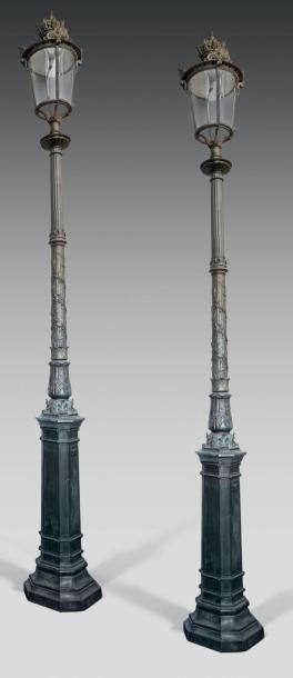 """Paire de lampadaires, éléments anciens Modèle de la Cour Napoléon du Louvre - Vente """"Paris mon amour"""" 2014"""