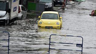 Inondations à Saint-Etienne (Rhône-Alpes) après de violents orages, le 15 juin 2019. (MAXPPP)
