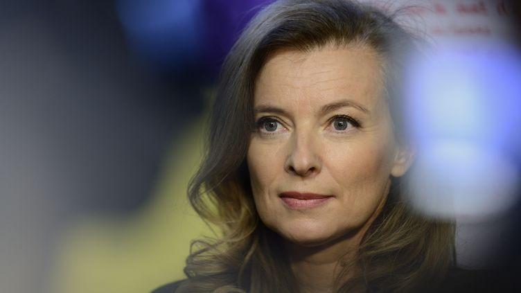 Valérie Trierweiler, ancienne compagne de François Hollande, dans une école de Créteil (Val-de-Marne), le 2 décembre 2013. (ERIC FEFERBERG / AFP)