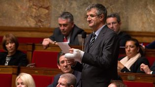Le député Jean Lassalle, lors d'une séance de questions au gouvernement à l'Assemblée nationale, à Paris, le 12 janvier 2016. (MAXPPP)