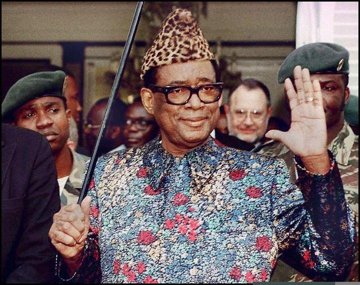 Le maréchal Mobutu Sese Seko, chef d'Etat du Zaïre, quitte le pouvoir en avril 1997. (ERIC FEFERBERG / AFP)