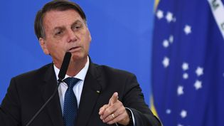 Le président brésilien Jair Bolsonaro, lors de l'intronisation du nouveau ministre du Tourisme au Brésil en décembre 2020. (EVARISTO SA / AFP)