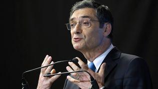 Le député Patrick Devedjian, le 21 septembre 2016 à Boulogne-Billancourt. (PATRICK KOVARIK / AFP)