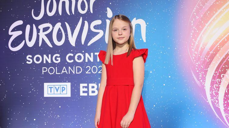 La candidate polonaise à l'Eurovision Junior, Ala Tracz à la télévision polonaise à Varsovie, le 29 novembre 2020 (LESZEK SZYMANSKI / EPA / NEWSCOM / MAXPPP)