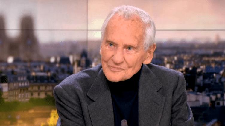 Jean d'Ormesson invité du 20 heures de France 2 le dimanche 10 janvier 2016.  (France 2)