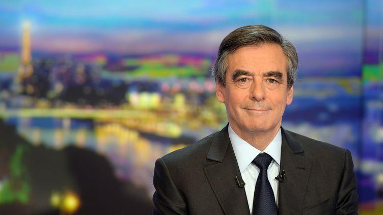 François Fillon, le 21 novembre 2016 sur le plateau de TF1. (CHRISTOPHE ARCHAMBAULT / AFP)
