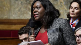 Laetitia Aviaréclame 10 000 euros au titre des dommages et intérêts après avoir été visée par la publication de Michel Bousquet (BERTRAND GUAY / AFP)