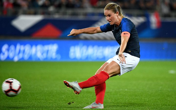 La capitaine des Bleues, Amandine Henry, le 1er septembre 2018 à Amiens (Somme). (FRANCK FIFE / AFP)