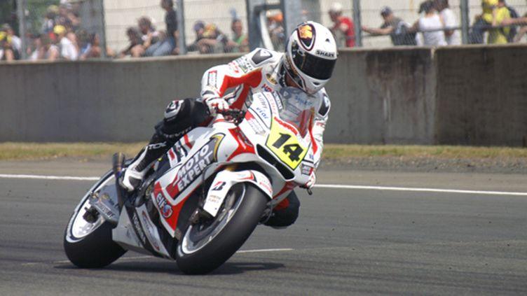 Randy de Puniet (Honda - LCR) dans son jardin au Mans