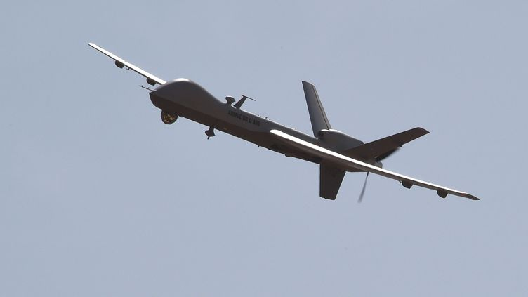 Le drone Reaper, livré en 2014 à l'armée française, a rapidement convaincu l'état-major de son efficacité lors des missions qu'il a remplies dans le Sahel. (DOMINIQUE FAGET / AFP)