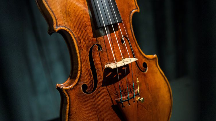 Stradivarius, 1684, vente aux enchères mars 2017 Honk Kong  (ISAAC LAWRENCE / AFP)