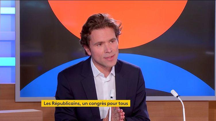 Le député européen Les Républicains et soutien de Valérie Pécresse à l'élection présidentielle de 2022, Geoffroy Didier, le 12 octobre sur franceinfo. (FRANCEINFO)