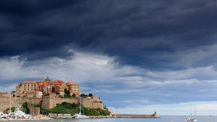 La ville de Calvi (Haute-Corse), en 2015. (DOMINIQUE ZINTZMEYER / ONLY FRANCE / AFP)
