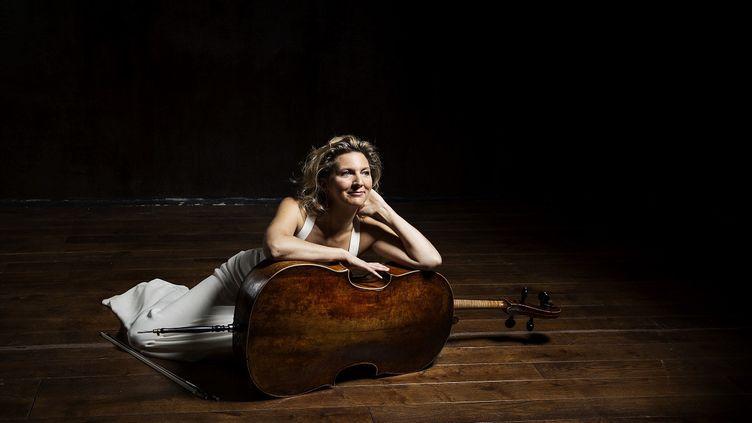 La violoncelliste Ophélie Gaillard, mars 2020. (CAROLINE DOUTRE / APARTE)
