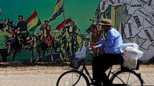 L'indépendance du Kurdistan s'affiche sur les murs de la capitale de la province, Erbil. (ALAA AL-MARJANI / REUTERS)
