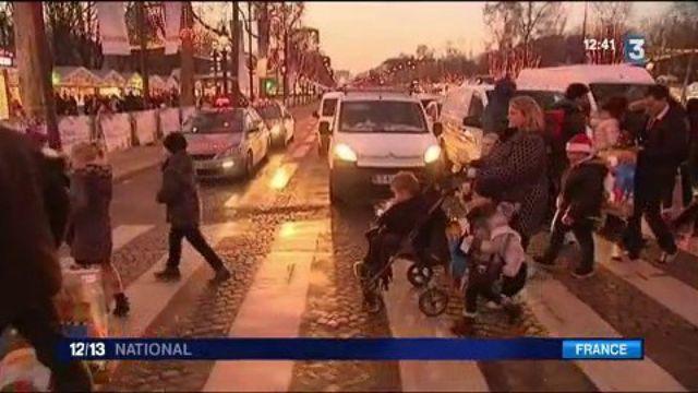 Noël : des enfants handicapés reçus à l'Élysée
