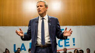 Le candidat à la présidentielle Nicolas Dupont-Aignan, en meeting à Lyon (Rhône), le 8 avril 2017. (NICOLAS LIPONNE / NURPHOTO / AFP)