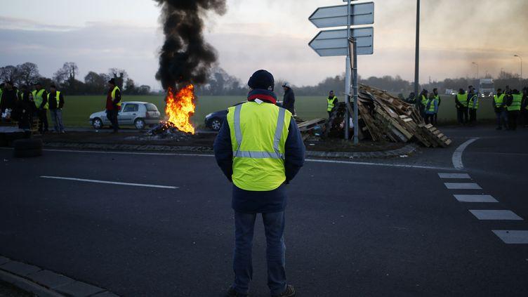 """Des """"gilets jaunes"""", à Caen (Calvados), le 19 novembre 2018. (CHARLY TRIBALLEAU / AFP)"""
