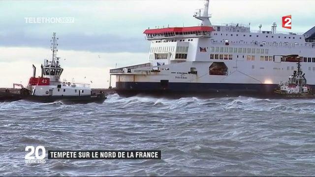 Calais : opération de remorquage pour un ferry échoué dans le port