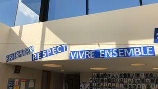 Dans l'école Charles-de-Gaulle à Clamart (Hauts-de-Seine) (ALEXIS MOREL / FRANCEINFO / RADIO FRANCE)