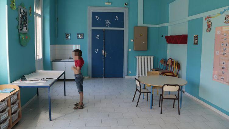 Dans un centre d'accueil et d'hébergement de l'association Serena, à Marseille (Bouches-du-Rhône) le 28 août 2014. (  MAXPPP)