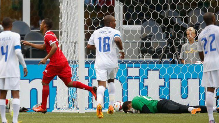 Manuel Torres (Panama) crucifie la Martinique à quelques minutes du coup de sifflet final.