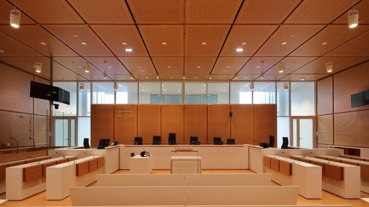 Une salle d'audience du Palais de justice de Paris (17e arrondissement). (MANUEL COHEN / MANUEL COHEN)