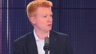 Adrien Quatennens, député La France insoumise du Nord, était l'invité de franceinfo le 15 septembre 2021. (FRANCEINFO / RADIOFRANCE)