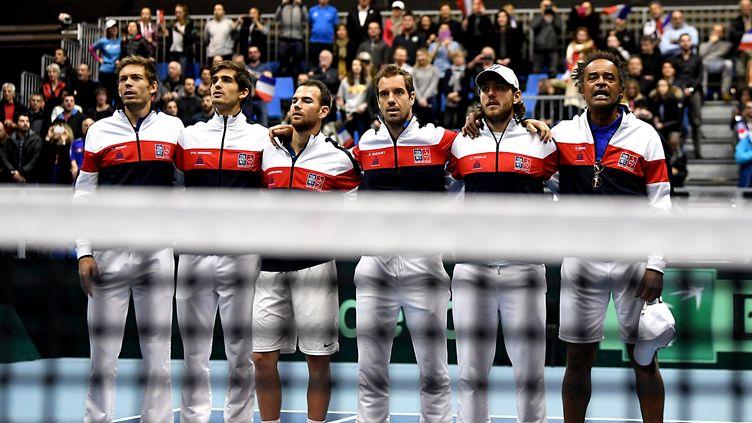L'équipe de France de Coupe Davis, ici en février 2018. (JEAN-PIERRE CLATOT / AFP)