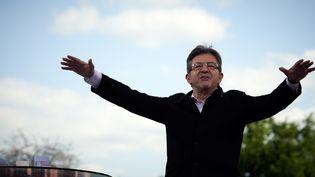 Le candidat de la France insoumise, Jean-Luc Mélenchon, s'exprime lors d'un meeting à Toulouse (Haute-Garonne), le 16 avril 2017.  (ALAIN PITTON / NURPHOTO)